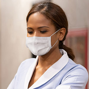 Are employees required to wear masks?